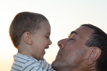 Come nasce educare i bambini alla felicità